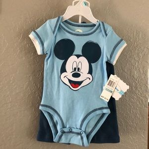 Disney 3piece set for boys size 6 to 9 months